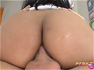 curvaceous black Bethany Benz buttfuck pounding