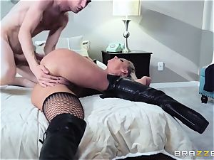 Madame Phoenix Fon Marie - real anal queen and fetish superslut