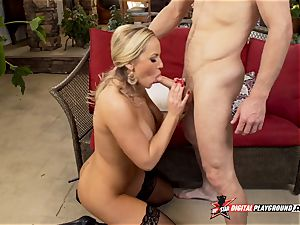 Olivia Austin has her cool pussylips smashed deep