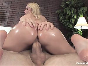 Her bouncy caboose gets lubricated up and then she gets penetrated
