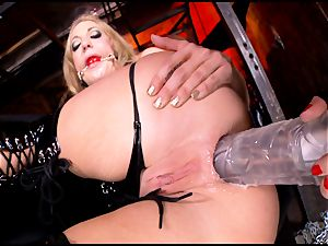 raging Kagney Karter plaything humps Amy Brooke's culo fuck hole