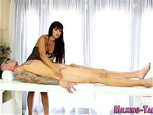 big-chested sex therapist jizzy