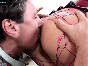 Phoenix Marie takes two spears on both her fuck-holes