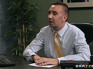 Jaclyn Taylor humps her prospective manager