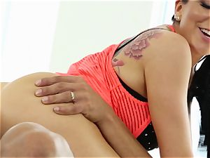 Yoga cuties Romi Rain and Summer Brielle torn up by the trainer