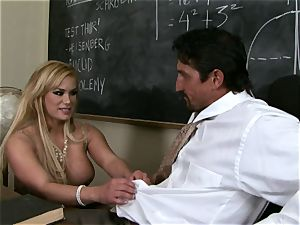 lollipops fellating Shyla Stylez crunches a giant gigantic stiff beef whistle with delectation