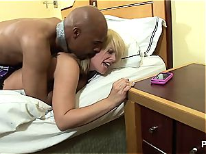 Tara Lynn's very first bbc experience