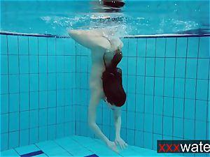 elastic culo underwater Katrin
