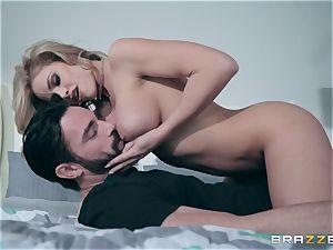 sack deep in cuckold wife Jessa Rhodes