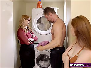 mother Helps daughter train Step brutha A Lesson S9:E9
