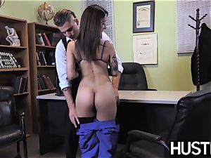 enticing nurse Stassi Sinclaire boinks in doctors office