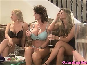 Bigtitted sapphic straponfucked in 3some
