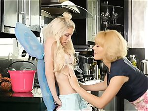 Halloween vulva licking with Krissy Lynn and Piper Perri