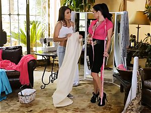 Adria Rae seduced by killer seamstress Veronica Avluv