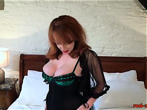 horny mature sandy-haired tears up her fuckbox with her heels