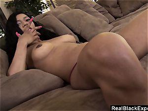 Solo ebony female thumbs her flawless slit