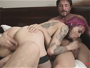 first-ever time Anna Bell Peaks in gang porno takes 2 hard-ons in one fuck hole
