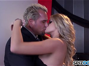 Jessa Rhodes sugary-sweet cock-squeezing twat is plowed by a ginormous prick