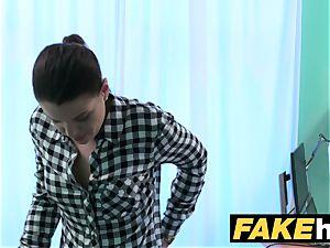 fake clinic doc prescribes sticky facial
