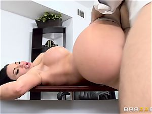meatpipe gasping brit babe Jasmine Jae pummeled in her donk