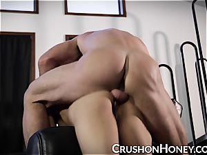 CrushGirls - puny stunner Gold blindfolded and ravaged