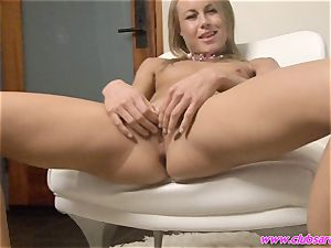 sexy breezy Sara Jane tantalizes her dripping moist cunny