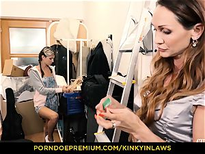 wild INLAWS - Gina Gerson porked by cougar with hitachi